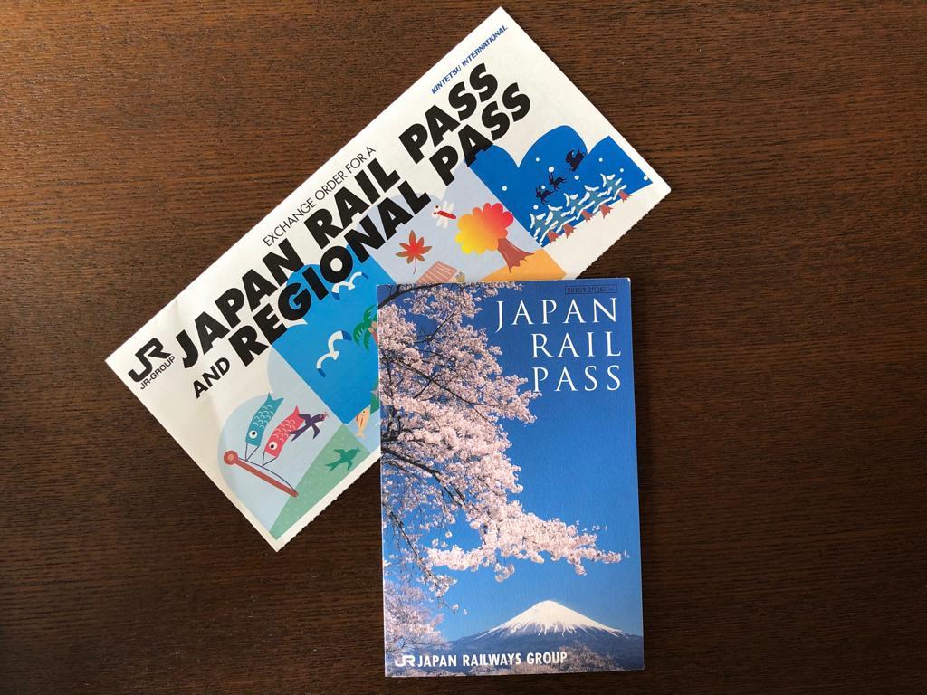 Üsteki Türkiyeden aldığım JR bileti, alttaki ise Japonya'da dönüştürdüğüm JR Pass